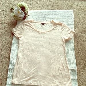 Ann Taylor short sleeve scoop neck tshirt size M
